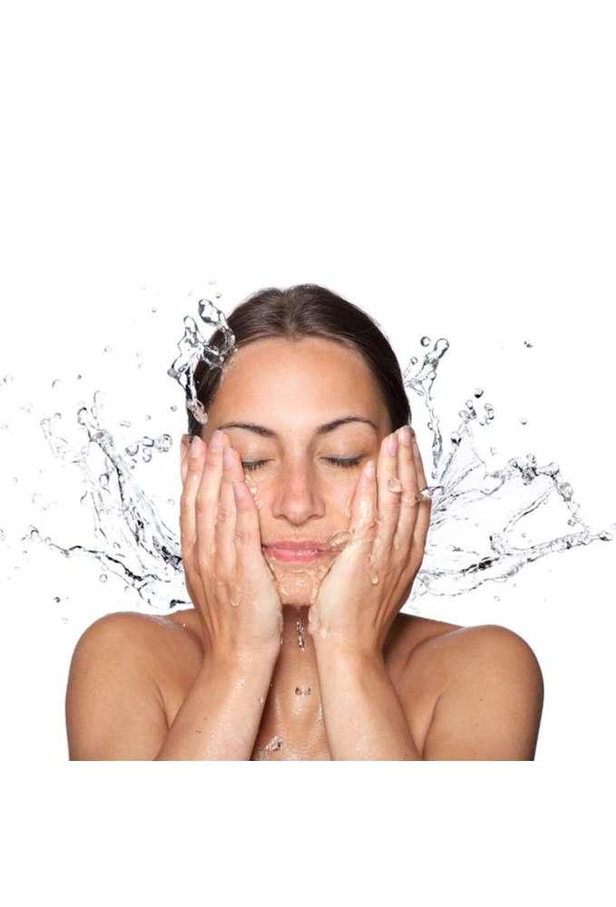 Cosmetica antimanchas con agua termal y savia de abedul
