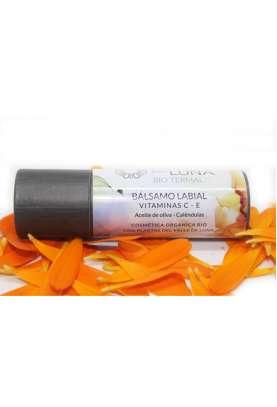 Barra labial protectora y  regeneradora con calendula y aceite de oliva
