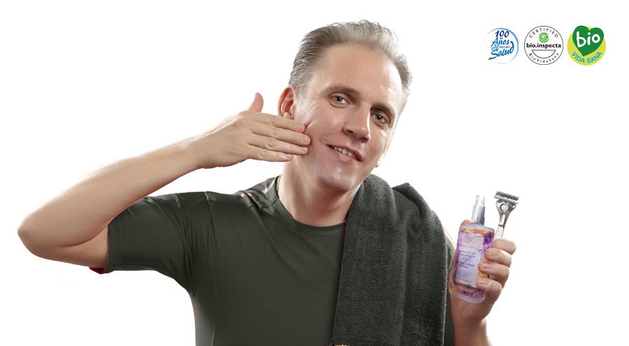 Afeitado con agua termal para evitar picor y rojeces
