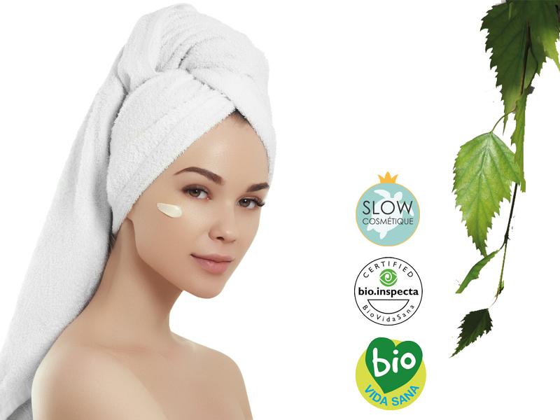 Crema hidratante facial con vitamina C y E
