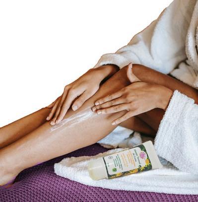 masaje tonificante con arnica y romero por la mañana